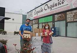 Espacio Orgánico colabora con Cáritas para ayudar a familias sin recursos